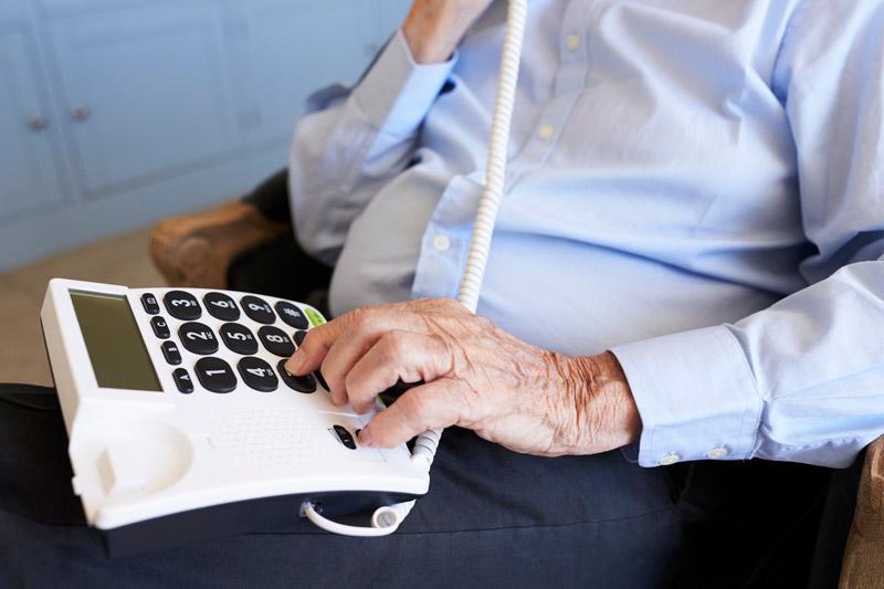 ¿Qué servicios incluye la teleasistencia domiciliaria?