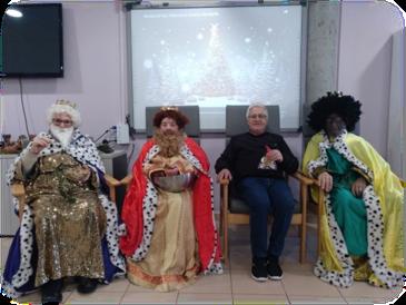 Visita de los Reyes Magos al CDM Leñeros