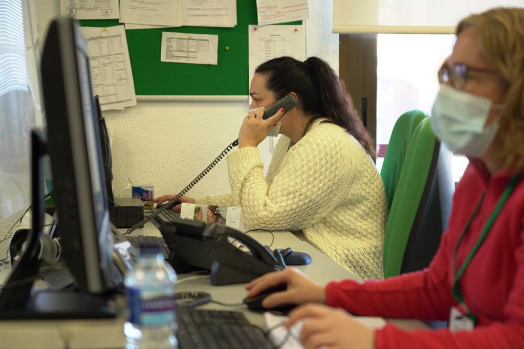 Desde el servicio municipal de Teleasistencia se han realizado 26.500 llamadas de seguimiento y más de 3.000 llamadas para atender situaciones de emergencia propiciadas por la adversa situación meteorológica.