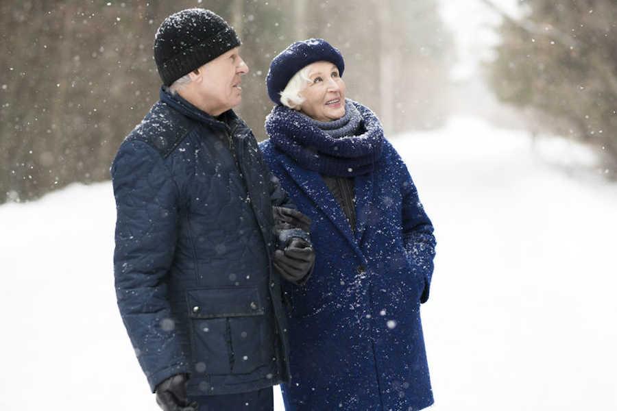 proteger frio ancianos