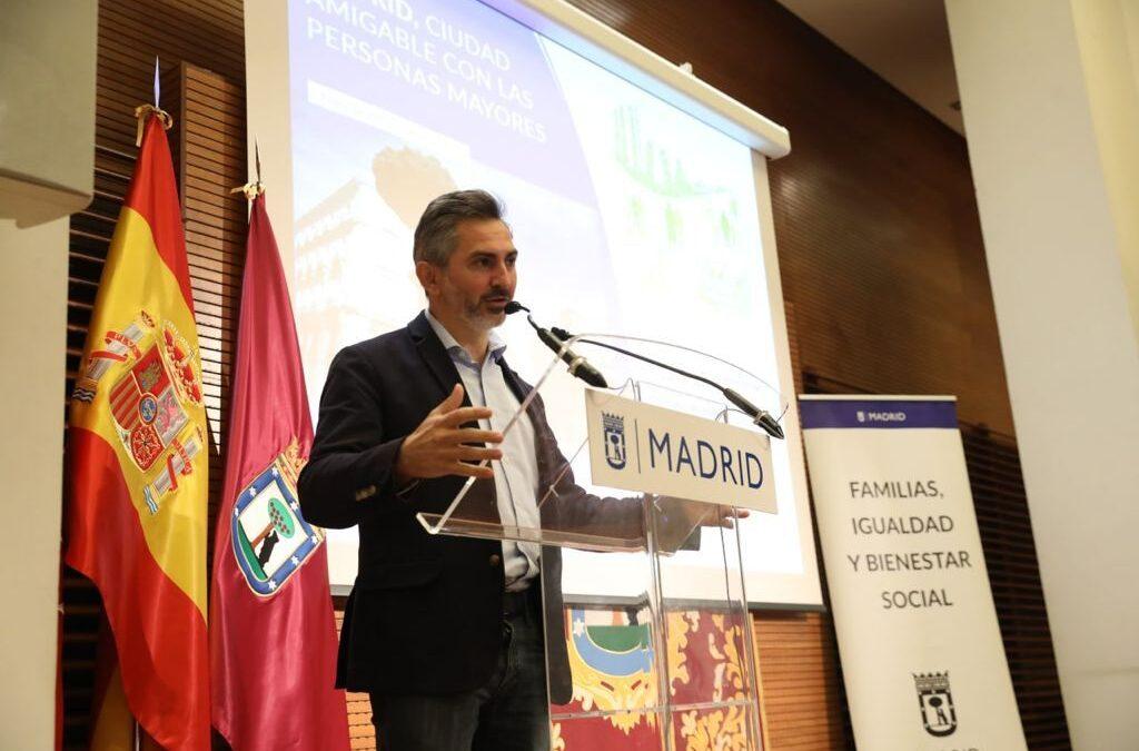 Elena Sampedro asiste a la presentación del II Plan Madrid Ciudad Amigable con las Personas Mayores